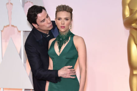 John Travolta and Scarlett Johansson at the 2015 Oscars / Photo Credit: Rollins-AA15/AFF/PA Images