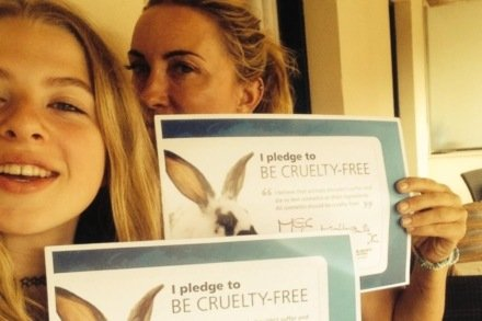 Meg Matthews and daughter Anais make their pledge