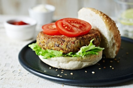 BBQ Recipe: Spicy Sweetcorn and Black Bean Burger