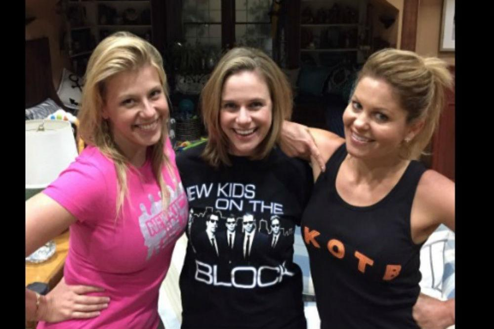Candace Cameron Bure, Jodie Sweetin, Andrea Barber (c) Twitter