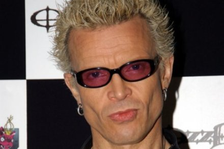 Billy Idol recovering from foot surgery