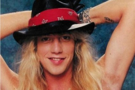 Friends and Family for Jani Lane's memorial service