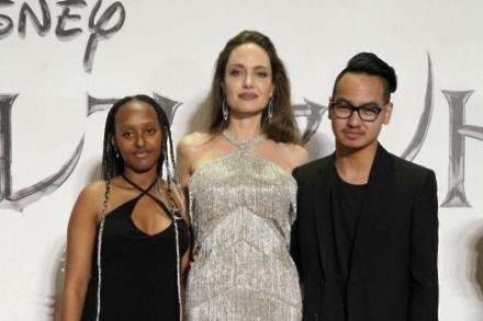 Angelina Jolie with Zahara and Maddox