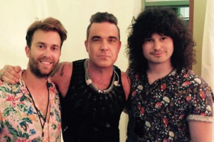 Flynn Francis, Robbie Williams and Tim Metcalfe (c) Instagram