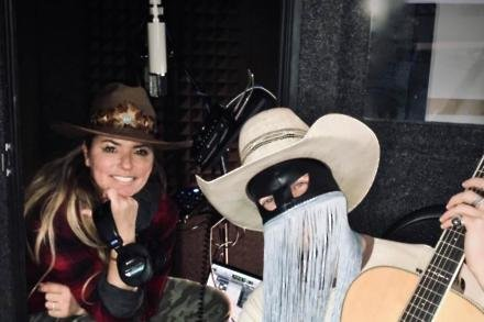 Shania Twain and Orville Peck (c) Twitter