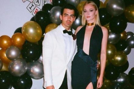 Sophie Turner and Joe Jonas (c) Instagram
