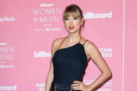 Taylor Swift at the Billboard Women in Music Awards